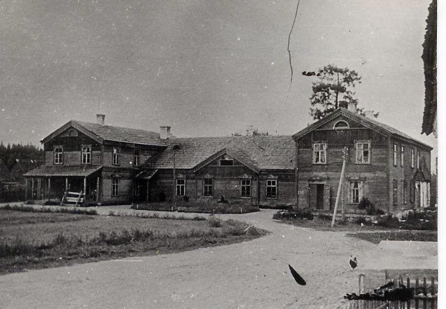 1950. u. Rahvamaja esikülg. Fotoalbum Sänna rmtk 1917-1967.